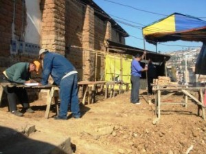 Reubican a comerciantes que ocupaban acera del Jiron Recreo en el Mercado de Yance